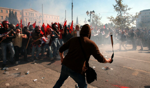 Post image for Anarchists and communists clash in Athens — in pictures